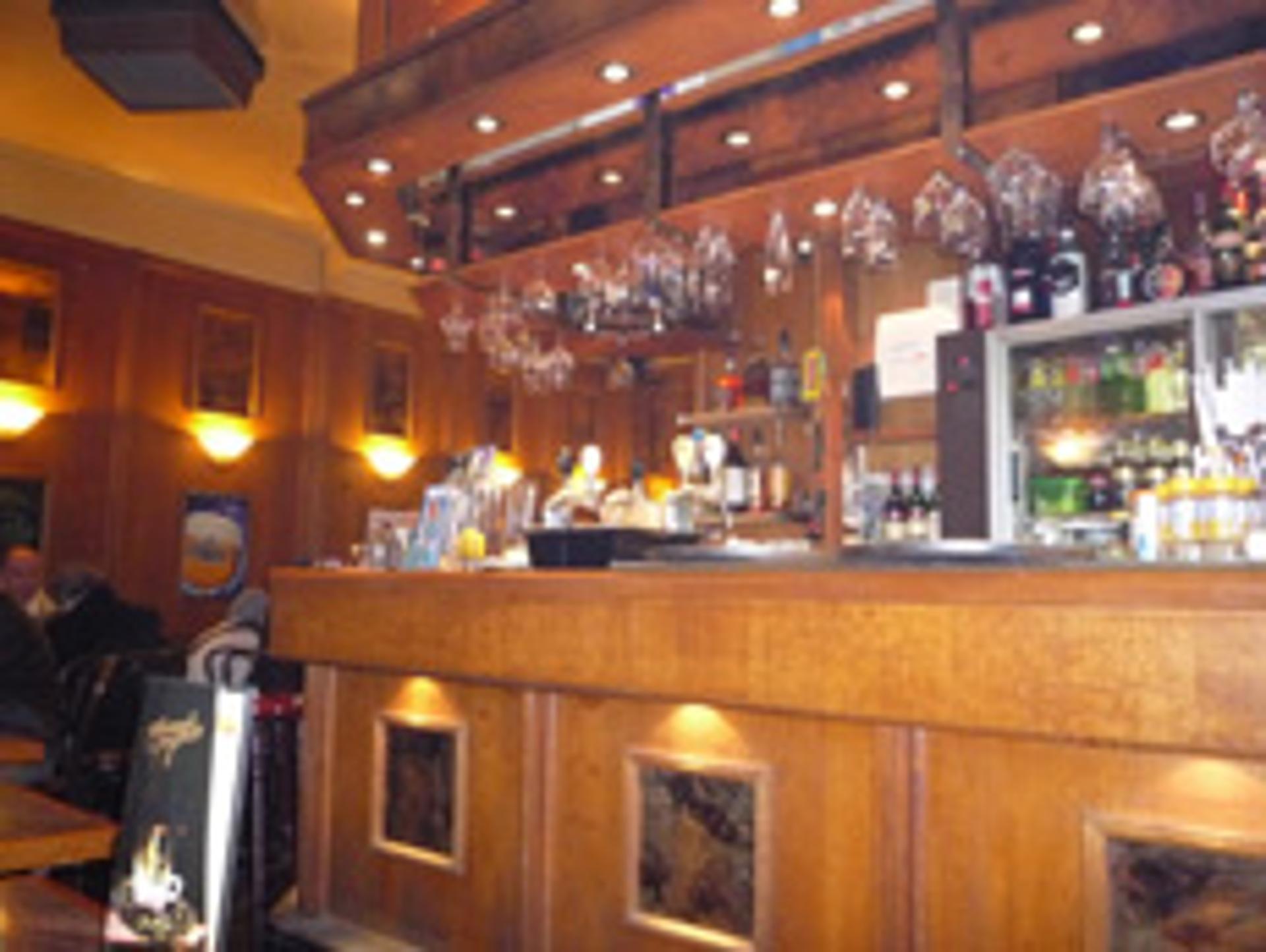 Taverne Royale, côté salle