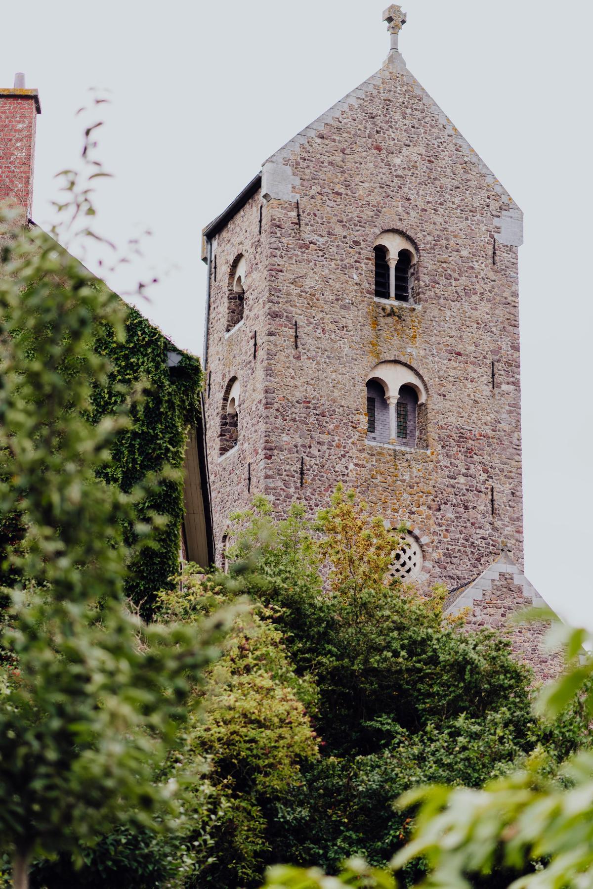 Collégiale Saint-Ursmer et jardin de Folcuin