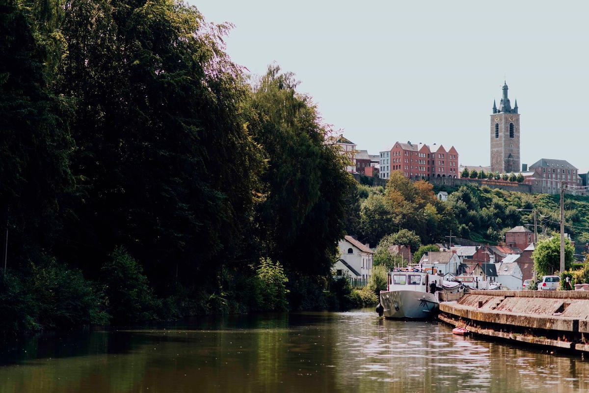 "Boatmen's quarter and its ecomuseum ""Le Thudo"""
