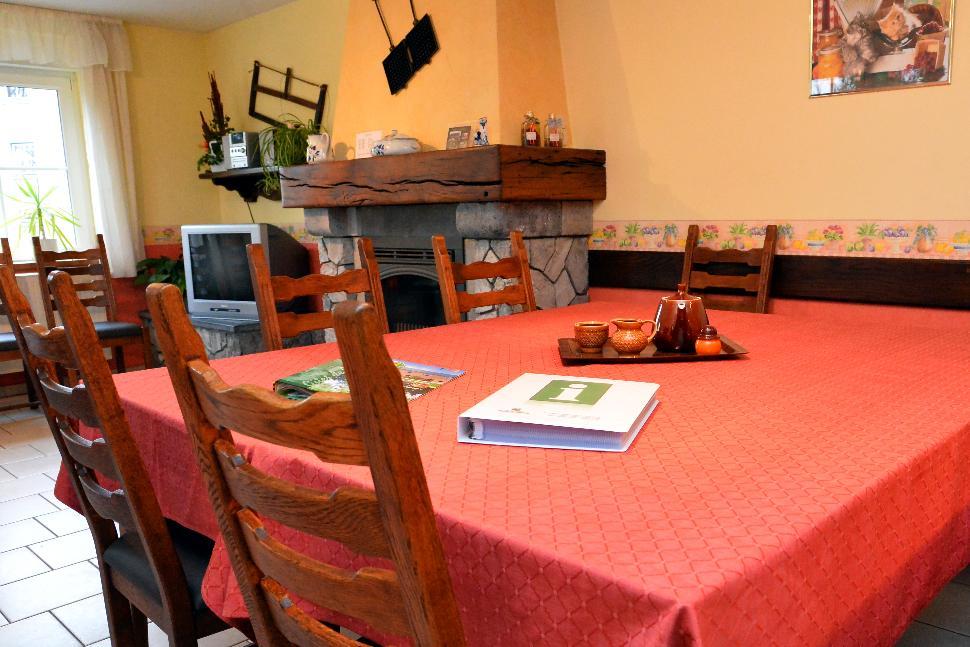 Gîtes Chevémont - Hombourg - Ambroise Salle à manger