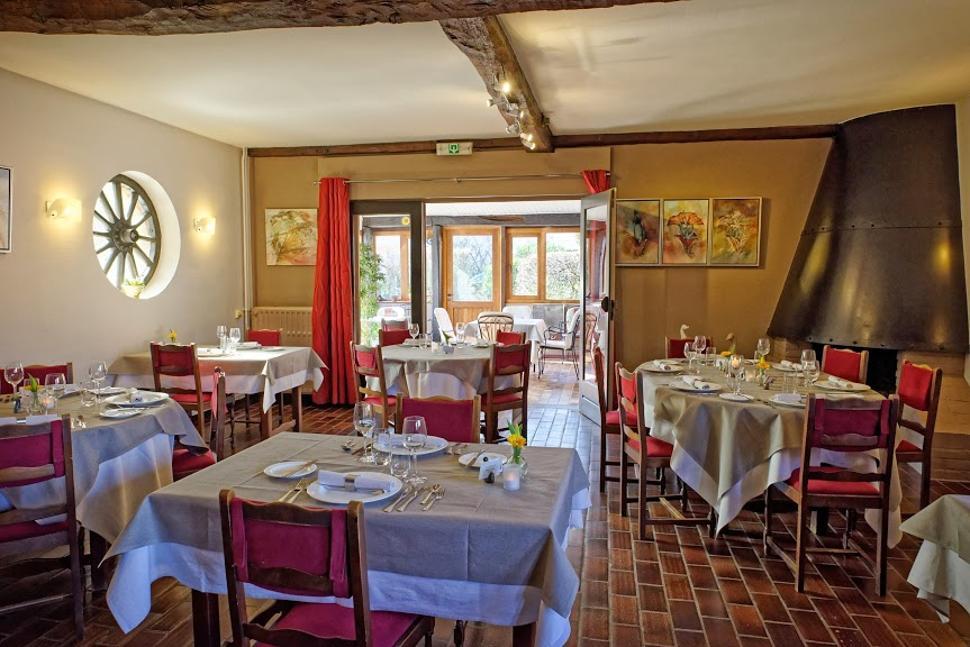 Restaurant-le-Vercoquin-Salle2