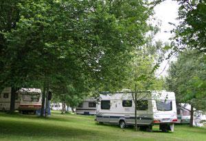 Camping: Château de Fraiture