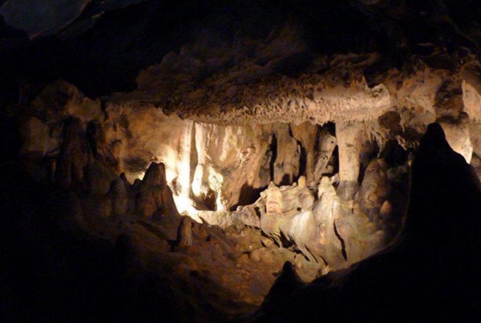 Grottes_goyet