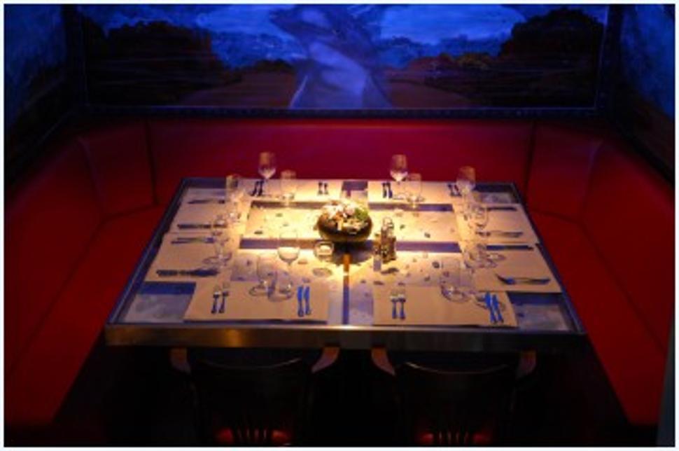 Chez le Capitaine Restaurant à Auvelais2