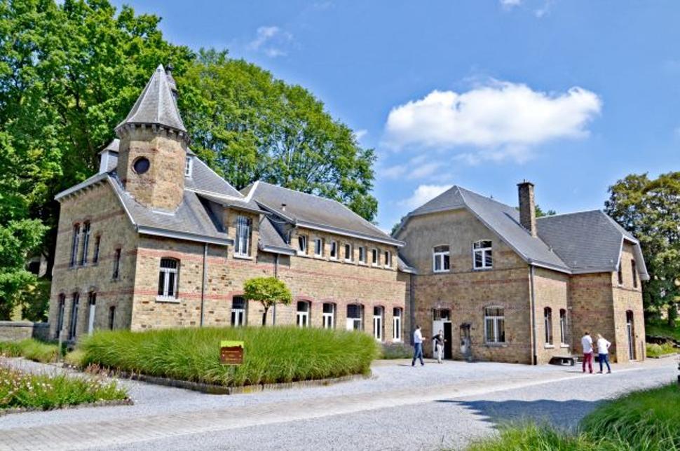 Maillen - Château de la Poste (Petit Château)