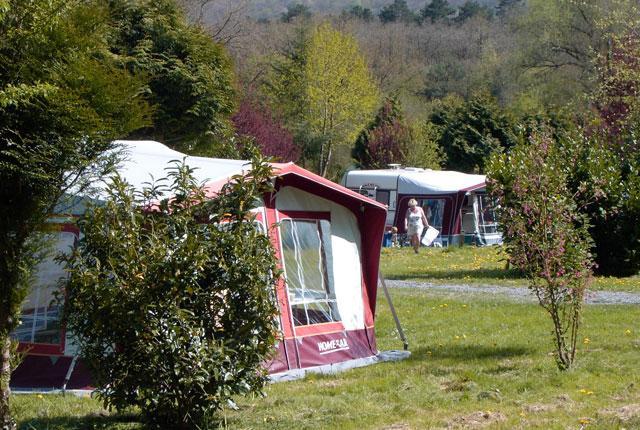 Camping: Le Roptai
