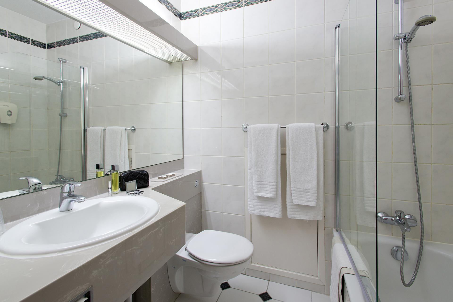 Globales Post Hôtel & Wellness - Herstal - Salle de bains
