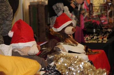 Foire au vin et marché de Noël à Anthée