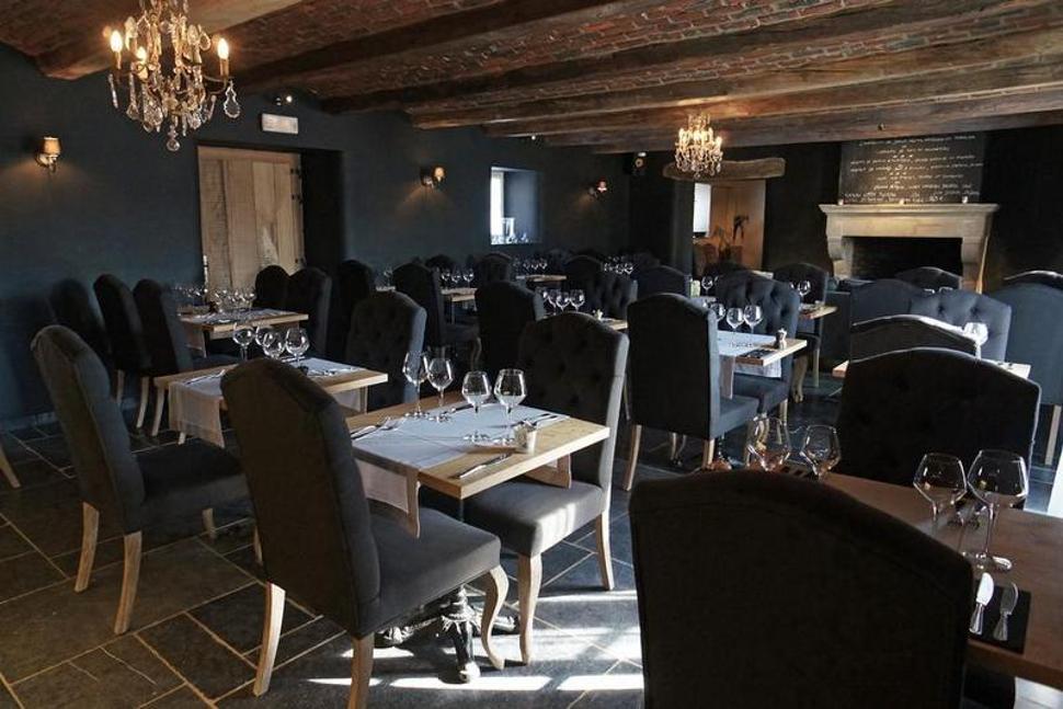 La P'tite Auberge - salle de restaurant