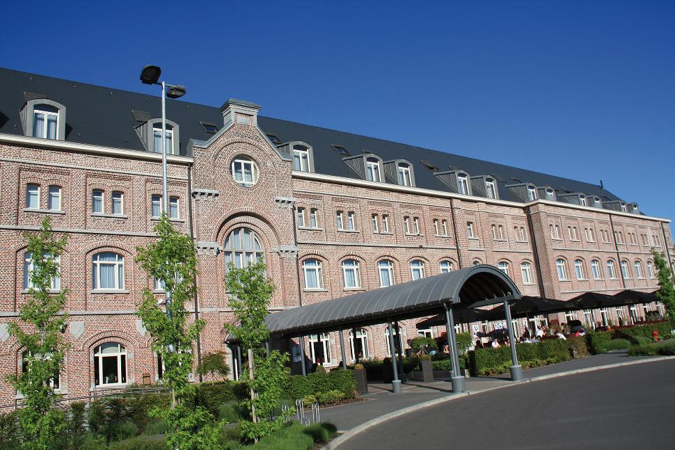Hôtel-Restaurant Van Der Valk - Verviers - Façade