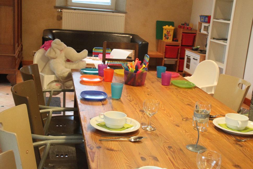 Ferme Margo Pyrus - table enfants