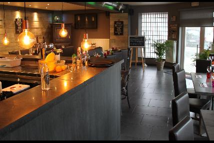 De 64, restaurant in Ohey
