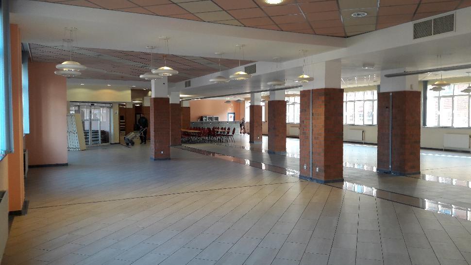 Salle-intérieur