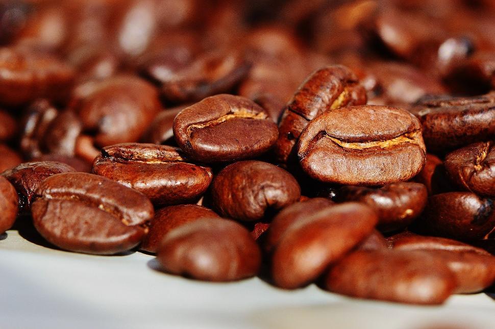 Grains de café par Pixabay - Alexas_Fotos
