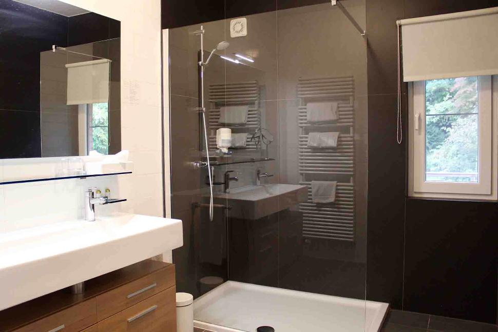 Golf Henri-Chapelle - Chambre - Salle de bain