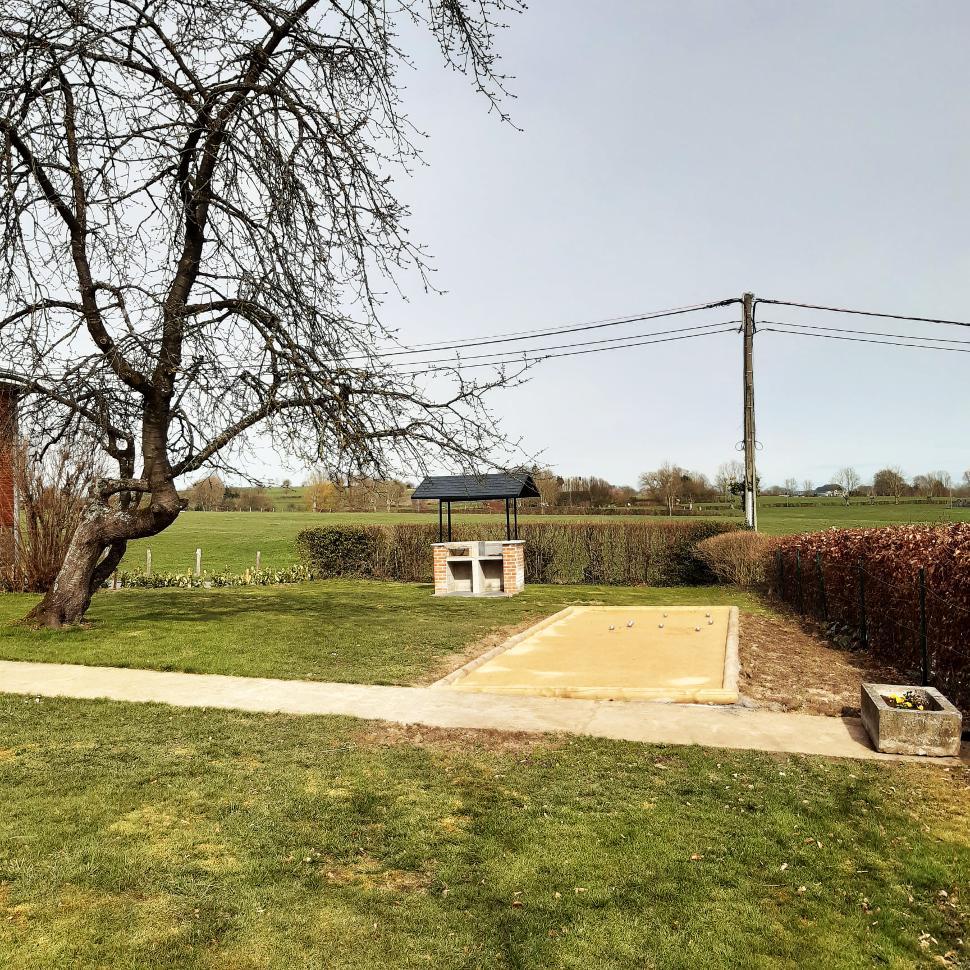 Stocki Gîte Grand-Rechain_Jardin_04-2021