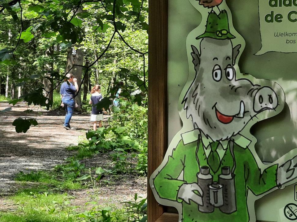 Mes Carnets d'Aventures, jeu de piste dans le bois didactique de Courrière