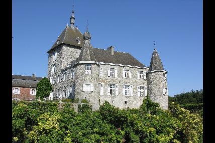 Entre château et pilori