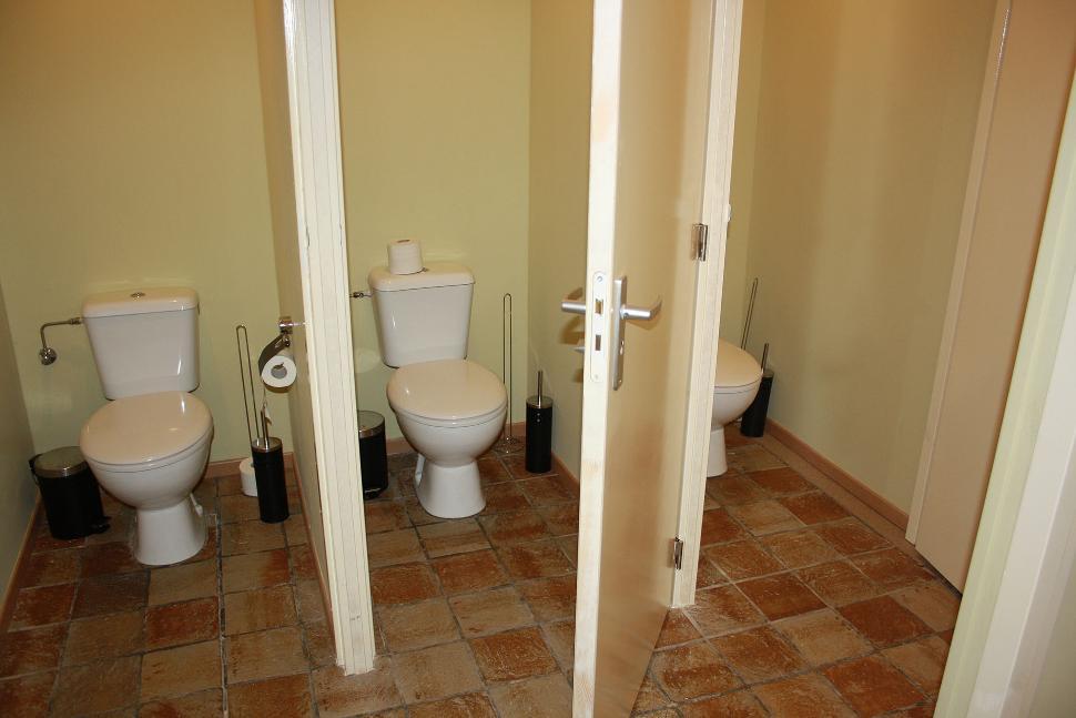 La Bergerie - Charneux - toilettes