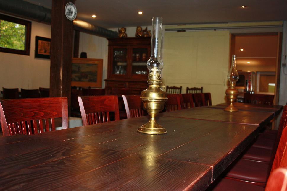 La Bergerie - Charneux - table de salle à manger