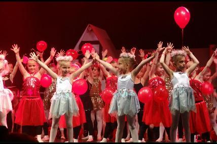 Gala de danse classique et modern jazz - Mary Poppins