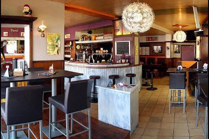 L'Express Brasserie Restaurant