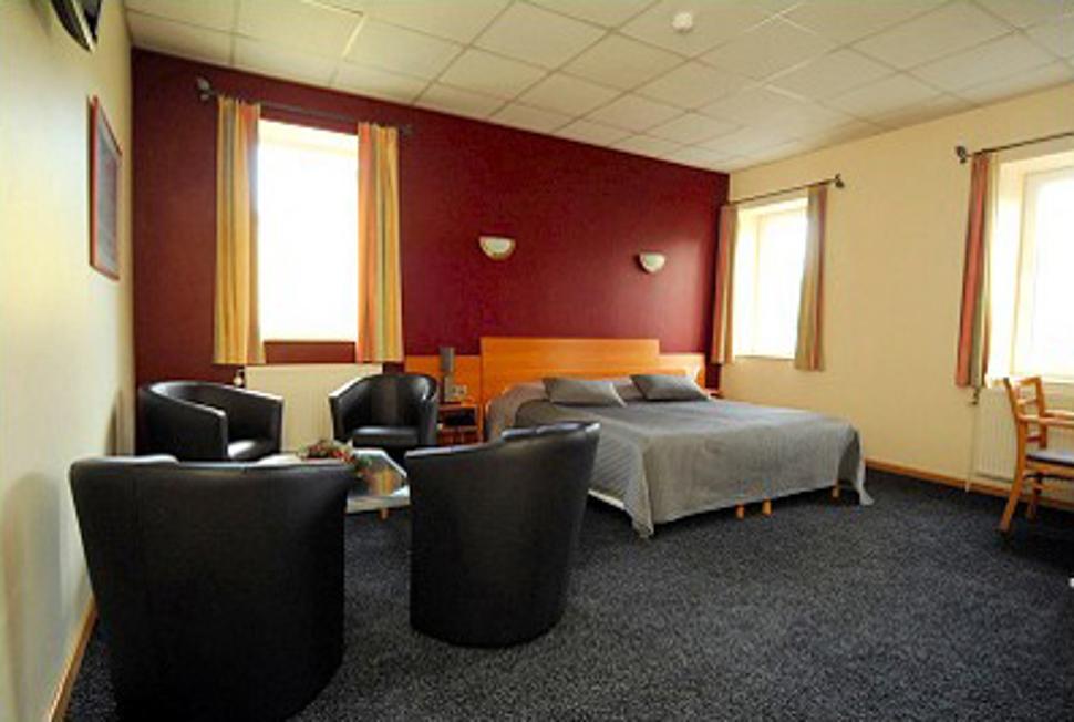 Hôtel L'Escapade à Balâtre - Chambre